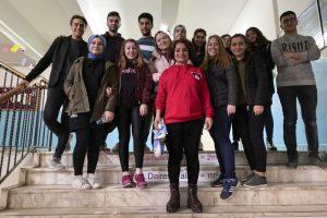 Öğrencilerimiz Bektaşağa Atatürk Ortaokulu'na Matematik Koridoru Oluşturdu